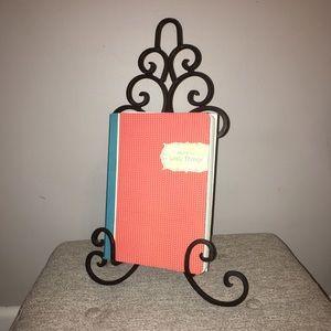 Decorative Recipe Book Metal Holder